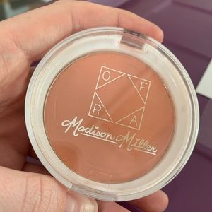 NEW Ofra Madison Miller Blush 'Ollie Need Is Love'
